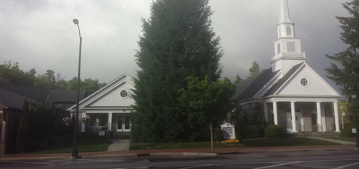 Highlands_united_methodist_church