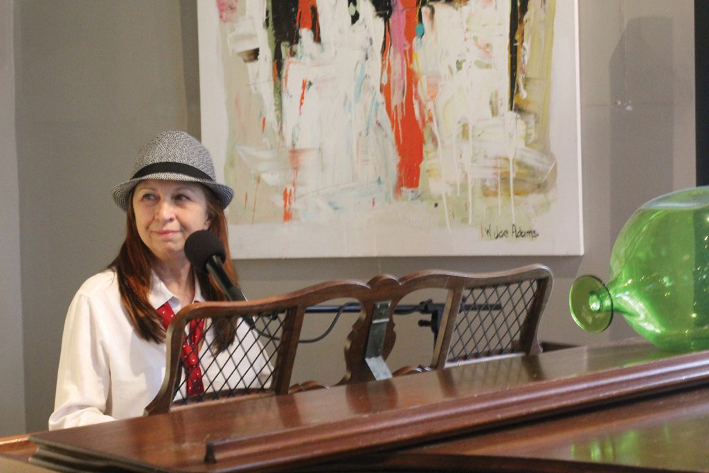 Lisa_rankin_musician_highlands_nc_on_the_verandah