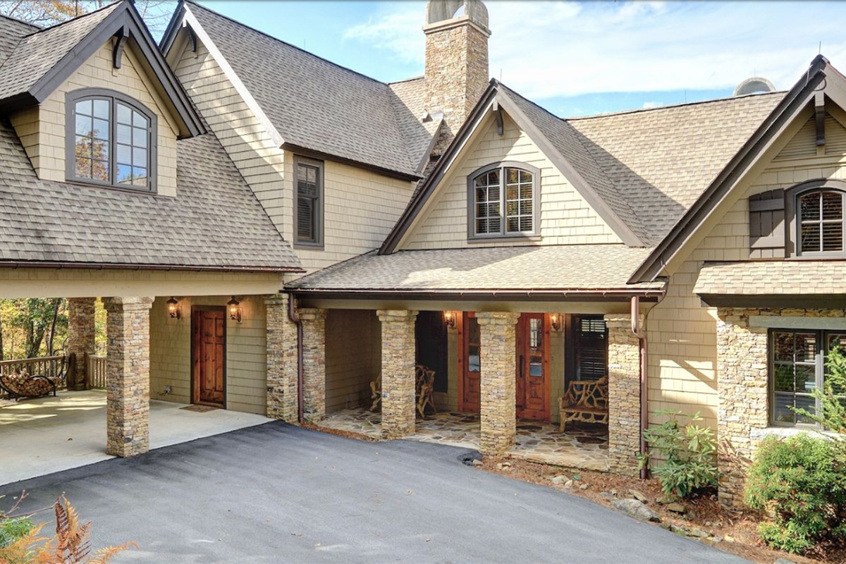 a-picture-of-good-taste-and-style-home-for-sale-highlands-nc-exterior