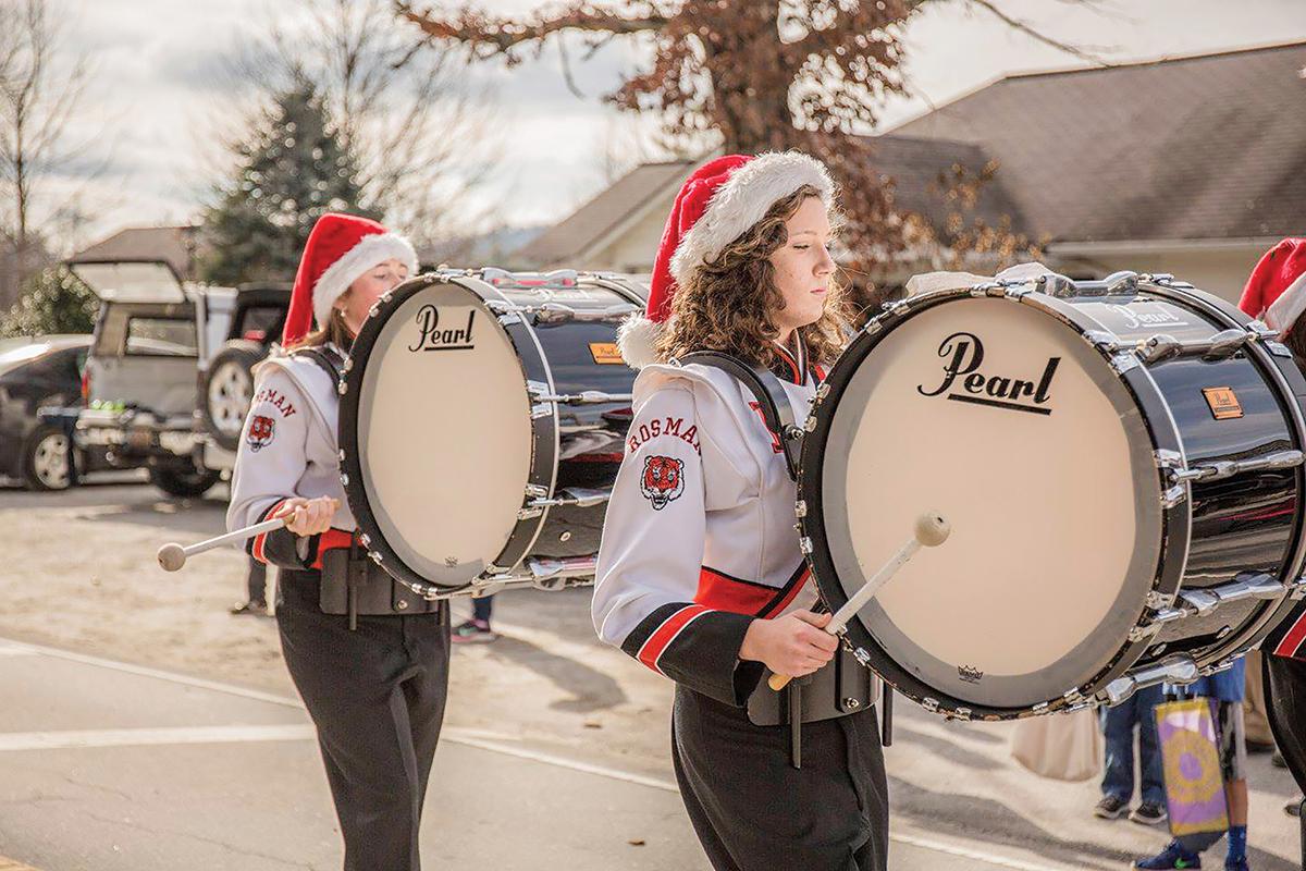 cashiers-christmas-parade-nc-band