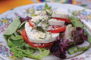 caprese-salad-wolfgangs-restaurant-and-wine-bistro