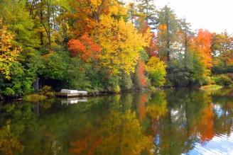 mirror-lake-fall-bob-sutton-highlands-nc