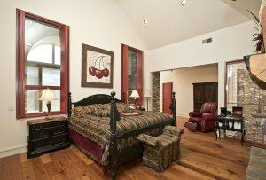Chateau-rental-Highlands-nc-bed