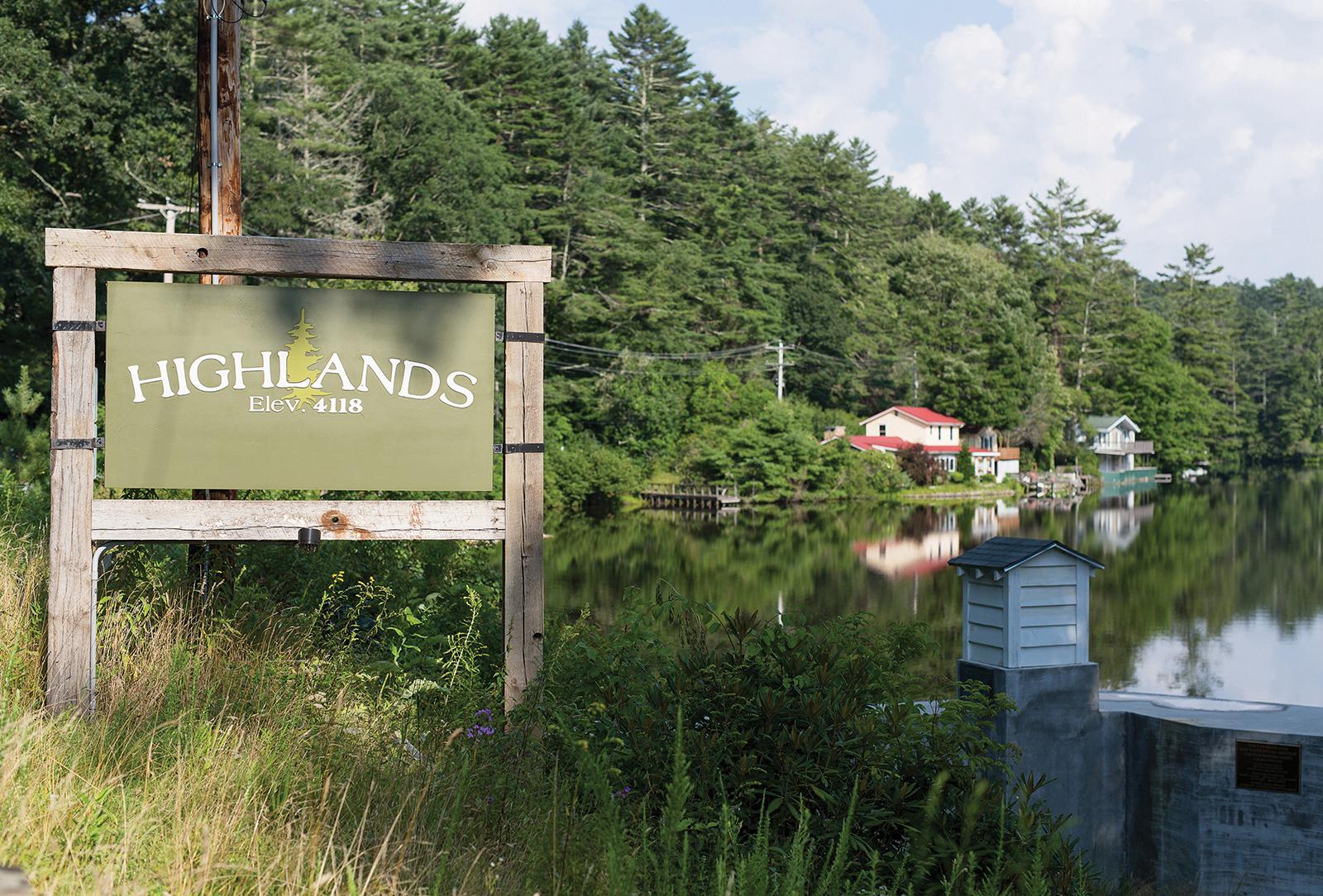 highlands-nc-sign
