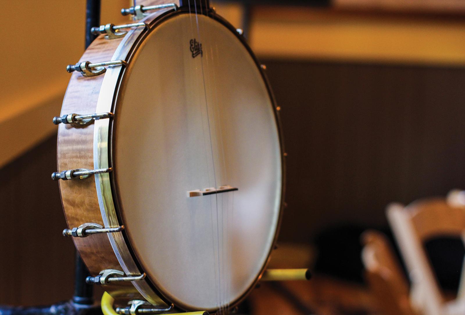 root-bound-highlands-nc-banjo