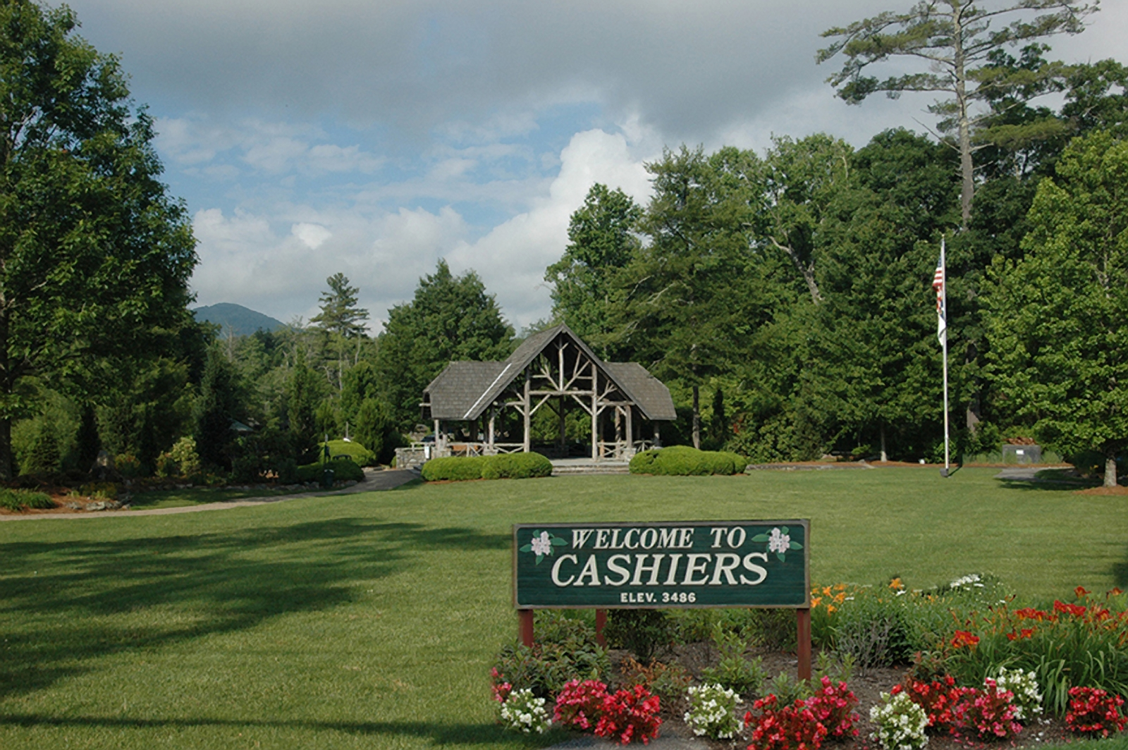 The_village_green_cashiers_nc
