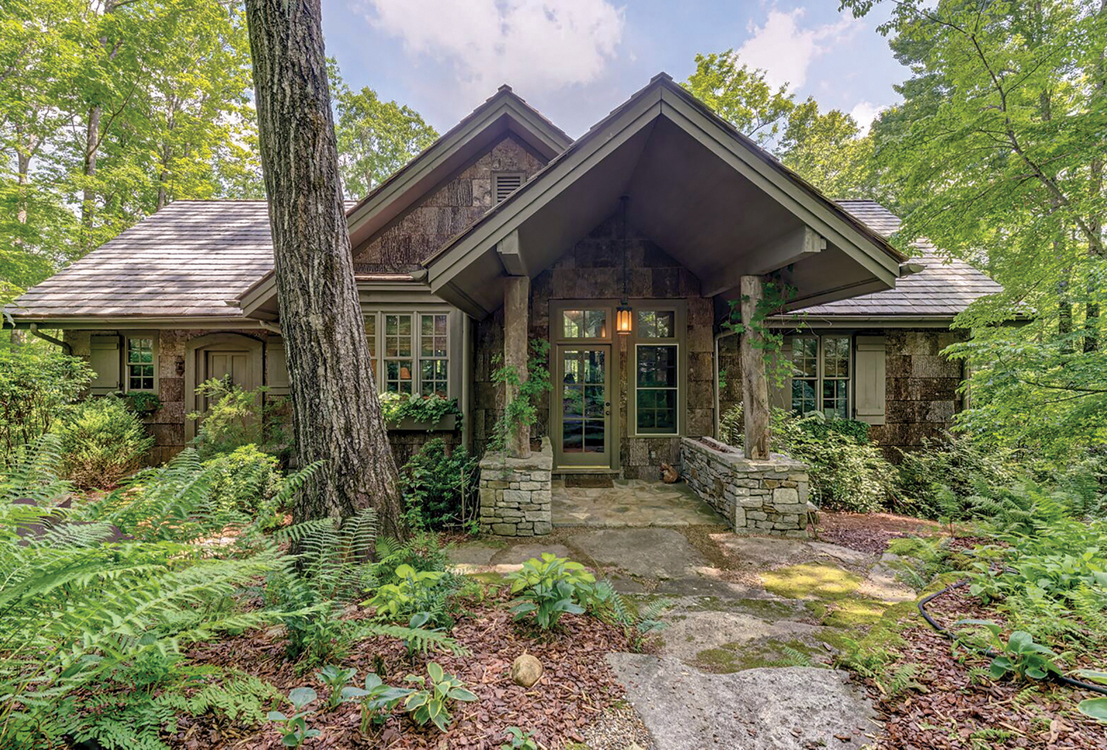 cashiers nc home for sale front exterior