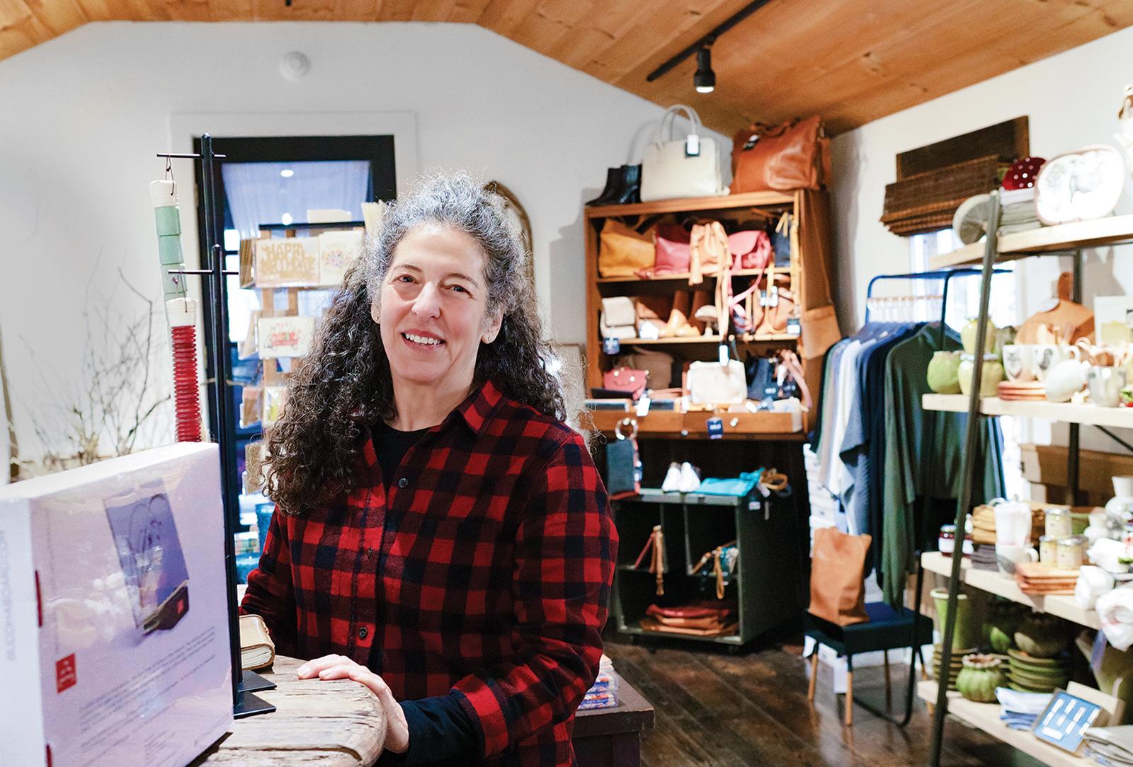 highlands nc shopping tia dana owner