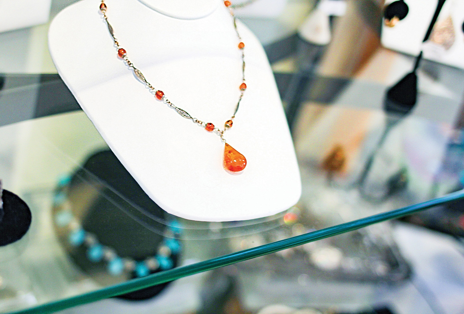 highlands nc shopping peak experience necklace