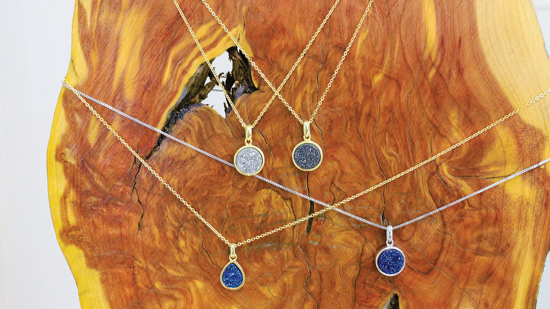 highlands-nc-shopping-bijou-necklaces