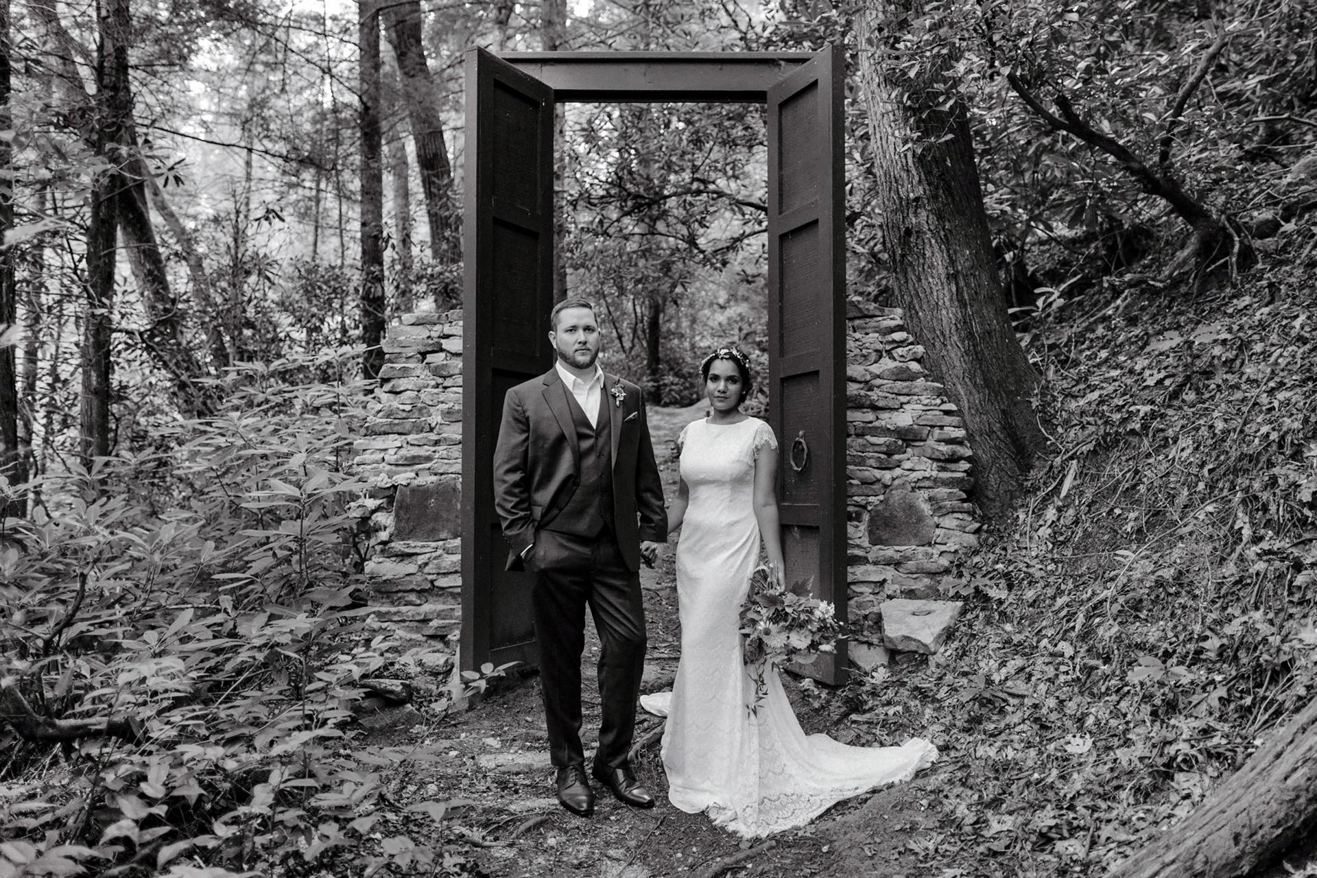 secret-waters-wedding-woods-couple