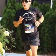 highlands-nc-twilight-5k-runner