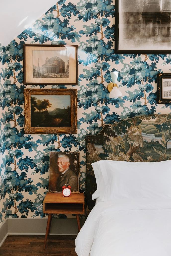 highlands-nc-highlander-mountain-bedroom-hunt