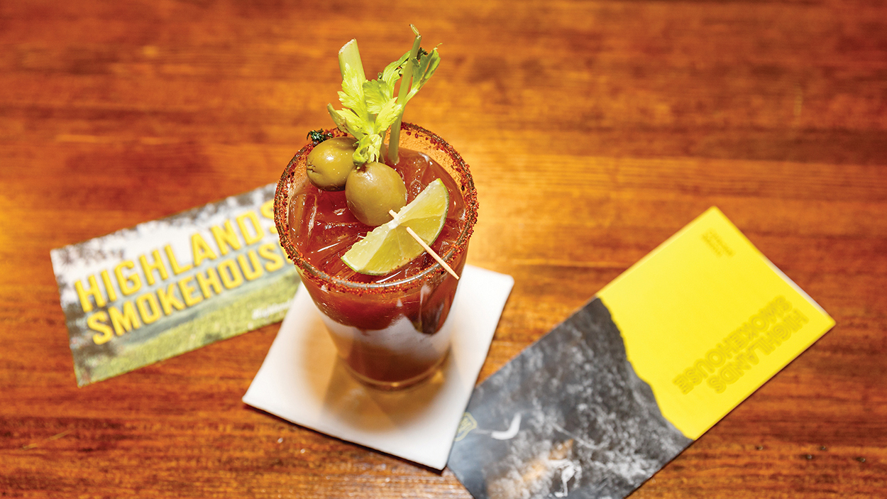 highlands-nc-restaurant-highlands-smokehouse-bloody-mary