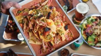 highlands-nc-restaurant-highlands-smokehouse-table
