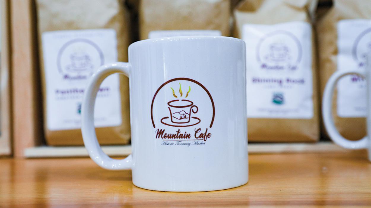 lake-toxaway-nc-mountain-cafe-coffee