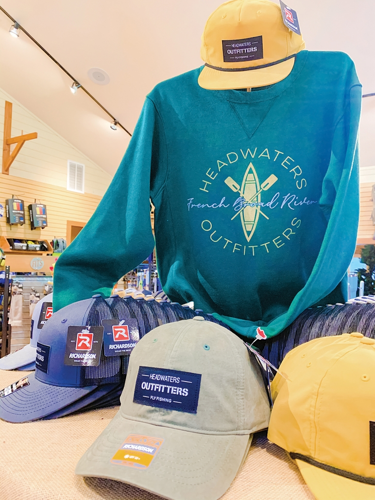 lake-toxaway-shopping-headwaters-outfitters