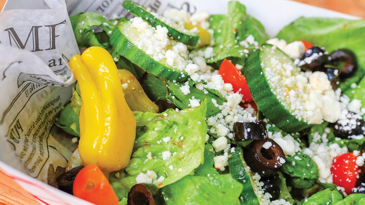 highlands-nc-restaurant-truckin-at-the-high-dive-salad