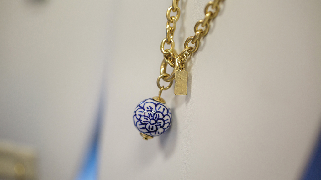 cashiers-nc-shopping-gracewear-necklace