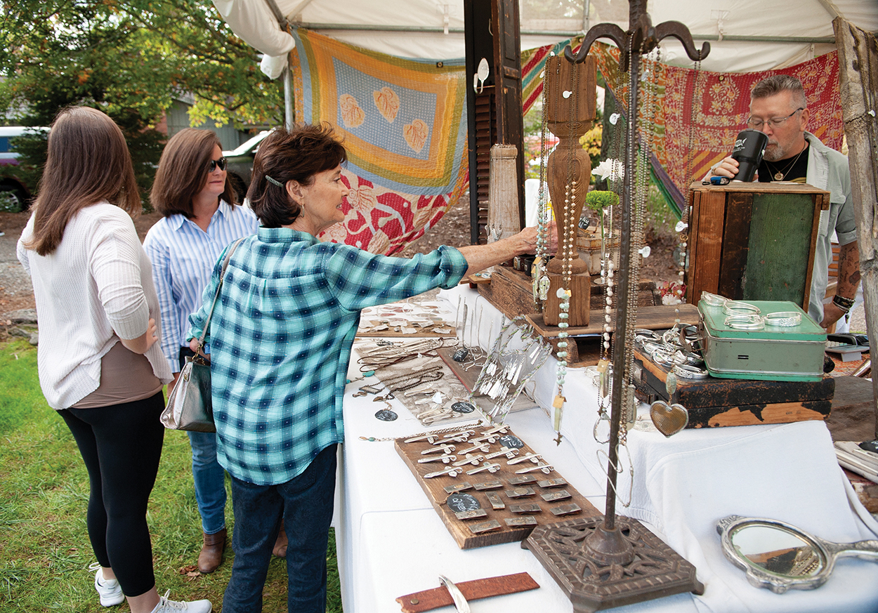 Cashiers Valley Leaf Festival